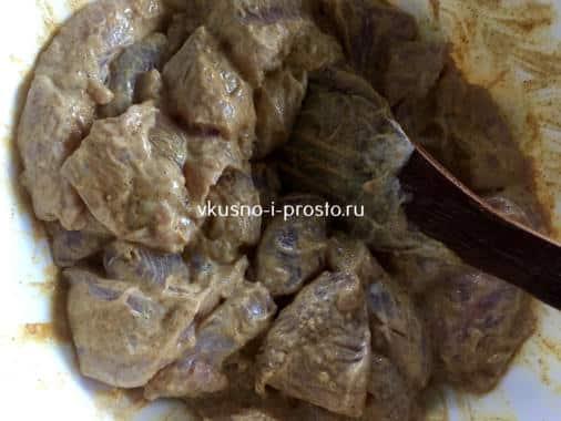 Мясо в майонезе