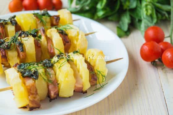 запеченный картофель с грудинкой