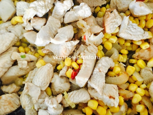 Кукуруза и курица