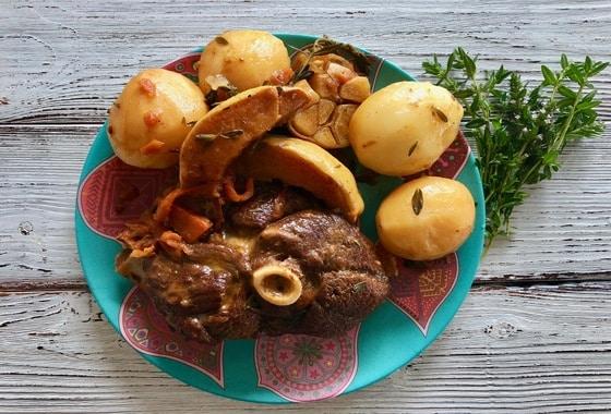 Баранина с картошкой в казане