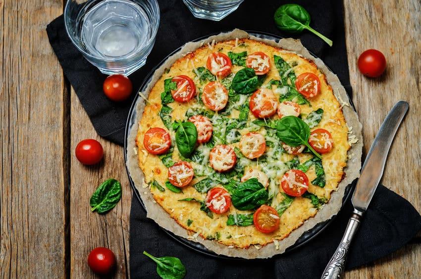 пицца на тесте из цветной капусты