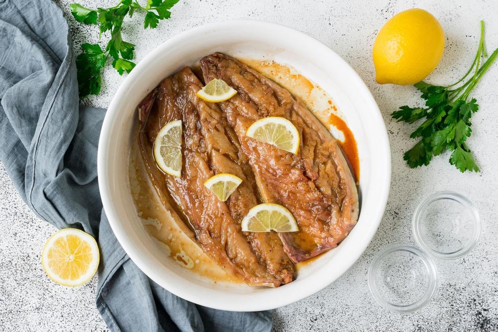 скумбрия маринуется с лимоном