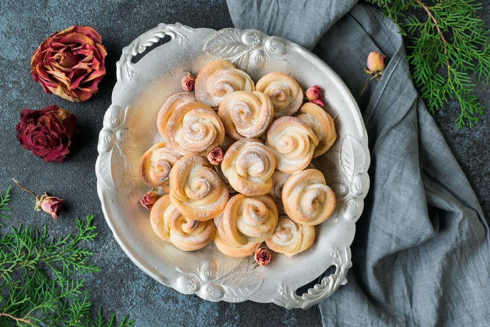 Печенье из творога в виде розочек