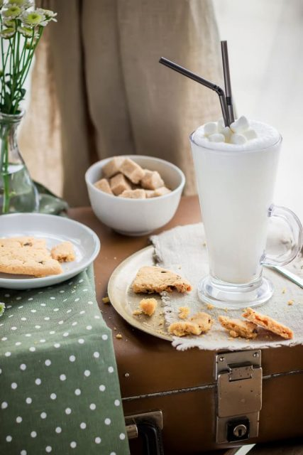 молочный коктейль с маршмеллоу