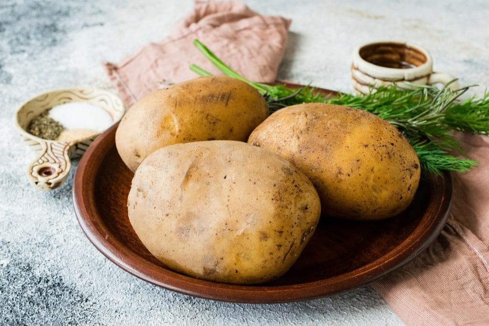 Продукты для приготовления картофеля на гриле