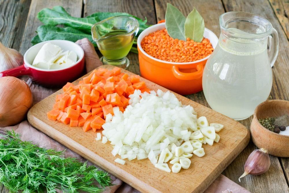 Режем овощи кубиками