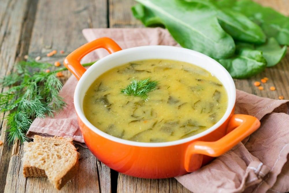 Суп-пюре из чечевицы и щавеля