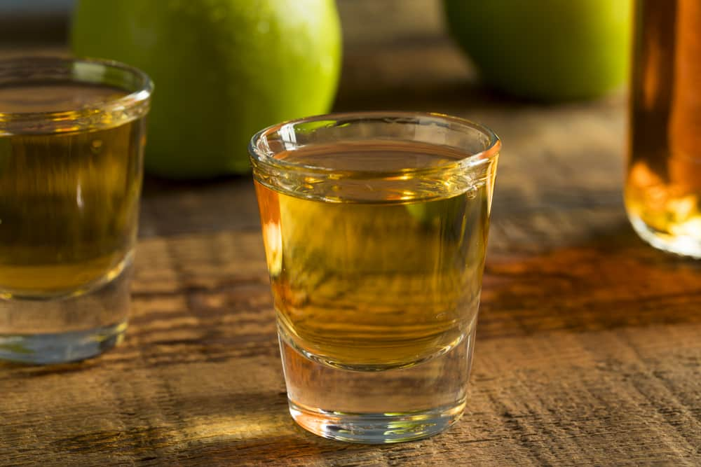 наливка из яблок на водке